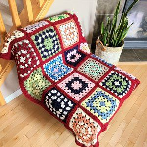 Hand Made Granny Squares Crochet Throw/Blanket